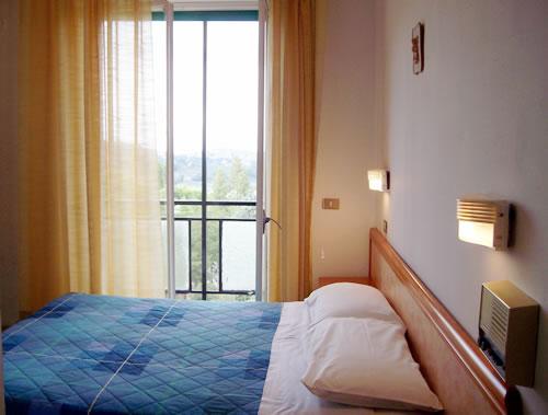 Le camere dell 39 hotel la lucciola di chianciano terme for Soggiorno terme
